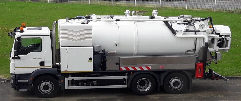Camion hydrocureur haute pression